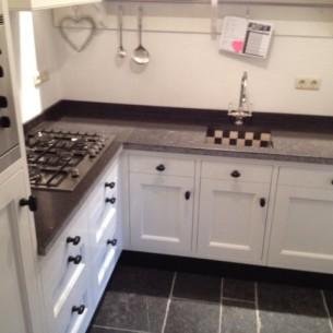 phoca_thumb_l_keuken belgisch hardsteen