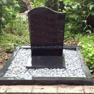 phoca_thumb_l_urnen monument